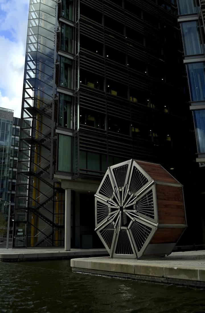 Heatherwick Studio: Rolling Bridge
