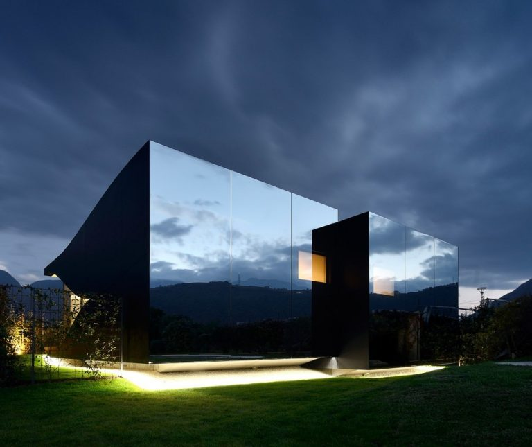 Peter Pichler Architecture: Mirror Houses