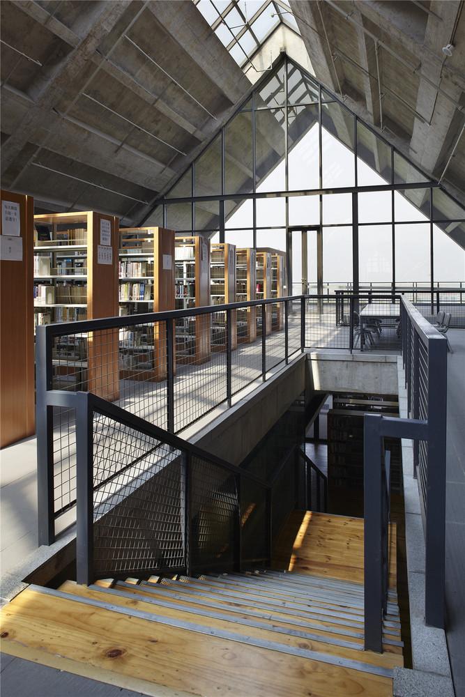 Tanghua Architect & Associates: Sichuan Fine Arts
