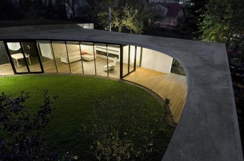 A 69 Architects: EggO House