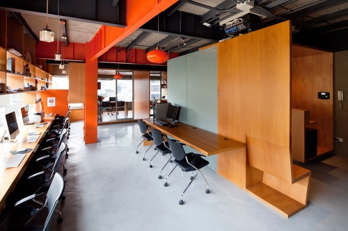 Arquitectura X: RI Offices