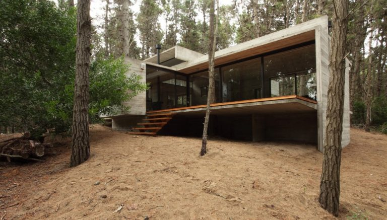 BAK Architects: JD House
