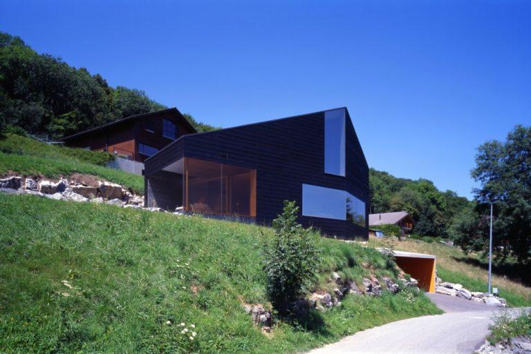 Bonnard Woeffray Architectes: Martinho Les Neyres Residence