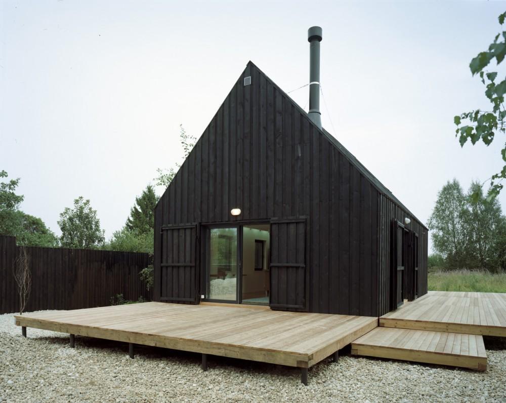 Bureau Bernaskoni: VolgaDacha House