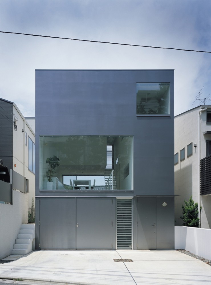 Koji Tsutsui Architect & Associates: Industrial Designer House