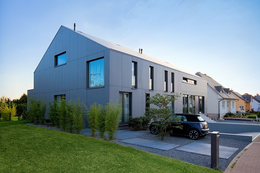 Metaform Architects: 2 Row Houses In Goeblange