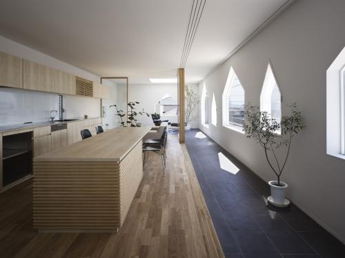 Suppose Design Office: House in Jigozen